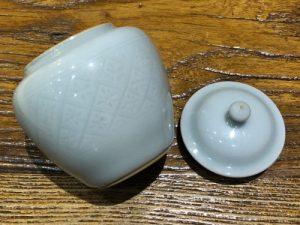 1. 粉青罐子(茶缶)