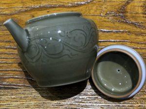 3. 柴窯小茶壺(緑)